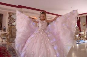 Prinsessen komen samen voor koninklijke fotoshoot: 'Van mij mag het zo gek mogelijk'