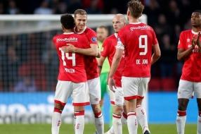 PSV wacht een drukke transferzomer: technisch directeur John de Jong moet snel aan de slag