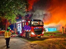 Laatste campingbewoners vermoeden brandstichting: 'Gebeurt hier wel vaker'